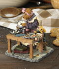 Cookie Bakesalot with Lil' Helper - Click for Pastimes bearstones