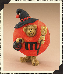 M&M Witch Peeker Bear